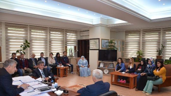 Of Milli Eğitim Müdürlüğü'nden Başkan Sarıalioğlu'na Teşekkür Ziyareti