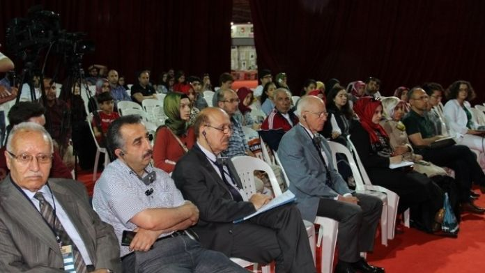 Osmanlı Medeniyeti Kitap Fuarında Konuşuldu