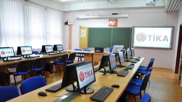 TİKA'dan Karadağ'da eğitime destek