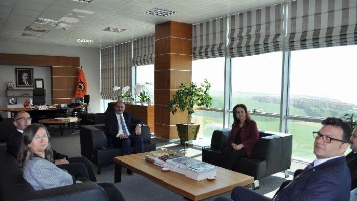 SGK İl Müdürü Alan'dan Rektör Şimşek'e Ziyaret
