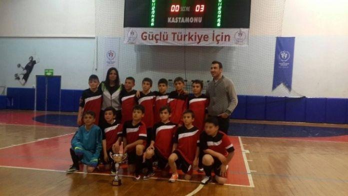 Küçükler Futsal İl Birinciliğinde Azdavay Başarısı