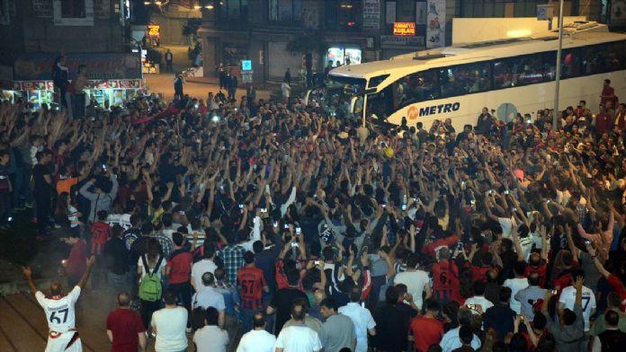 Zonguldak Kömürspor'a coşkulu karşılama
