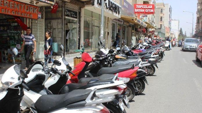 Kilis'te, Ulaşımda Motosiklet Tercih Ediliyor