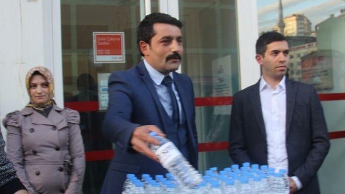 Rize'den Kurultay Yapamayan MHP Muhaliflerine Soğuk Sulu Gönderme