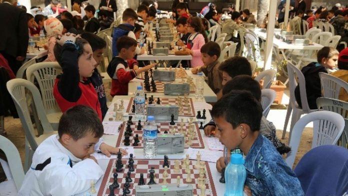 Ödüllü Santranç Turnuvasının İkincisi Düzenlenecek