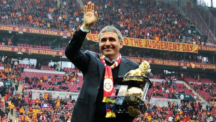 Galatasaray'ın başına geçecek mi ?