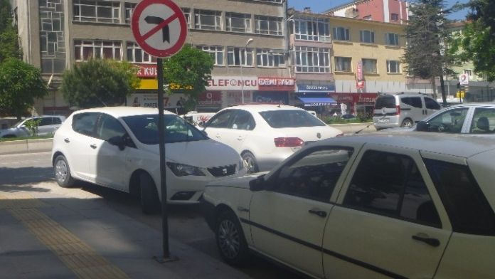 Ters Yönde Park Eden Araçlara Para Cezası