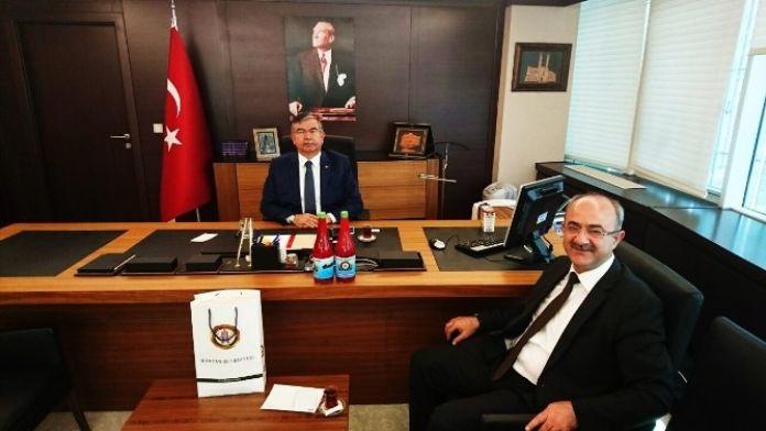 Başkan Şinasi Gülcüoğlu Milli Savunma Bakanı İsmet Yılmaz İle Bir Araya Geldi