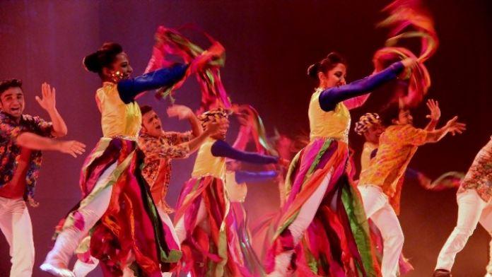 Taj Express Sanatseverleri Büyüledi