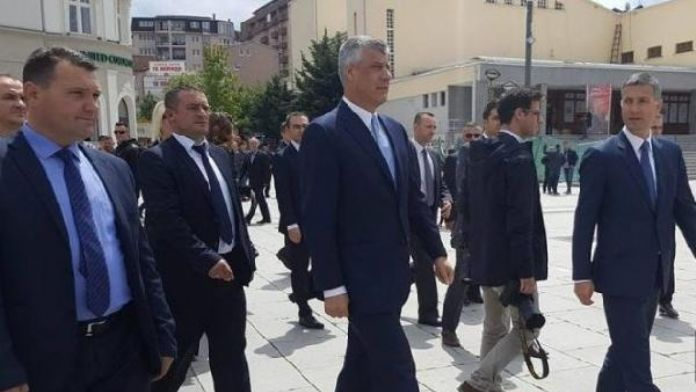 Kosova'da LGBTİ karşıtı yürüyüşe Cumhurbaşkanı da katıldı
