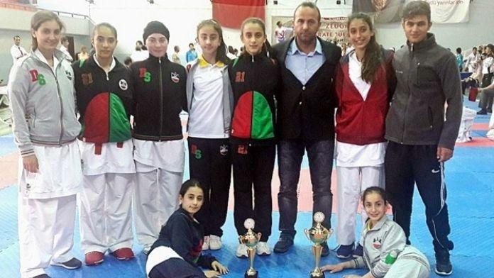 Diyarbakır'ın Altın Kızları Başarıya Doymuyor