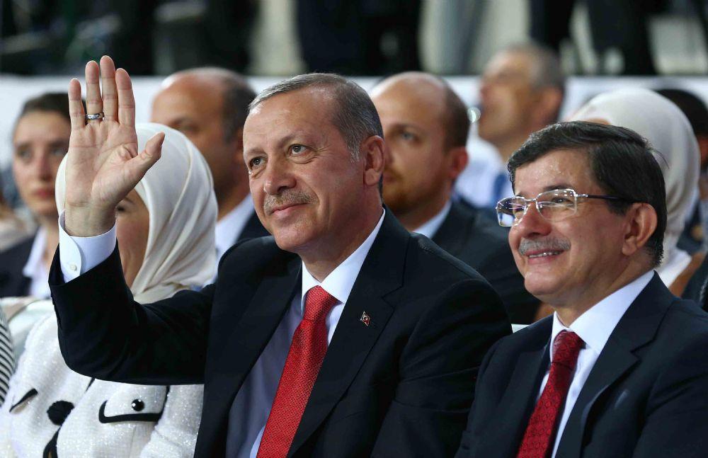 Davutoğlu Yarın Erdoğan'a Veda Edecek