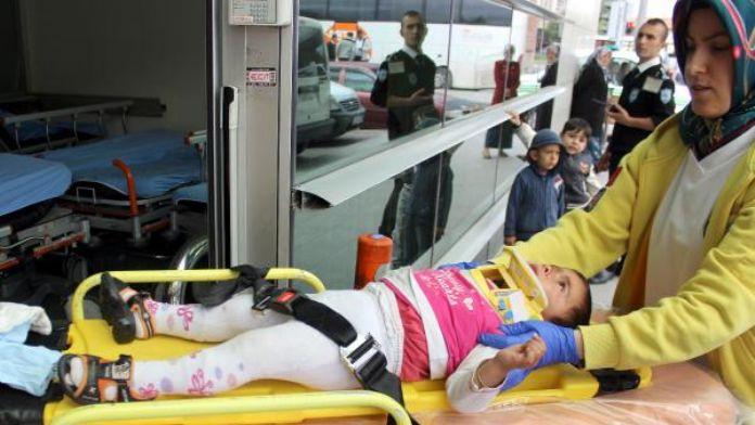 Merdivenden yuvarlanan Suriyeli küçük kız yaralandı