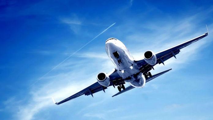 Düşen uçaktan ilk parçalar bulundu