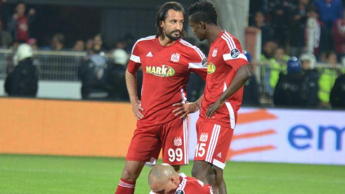 Sivasspor'u kırmızı kartlar yaktı