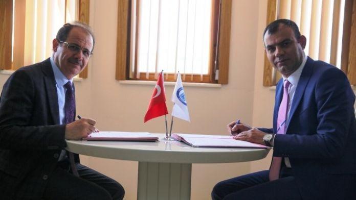 Bayburt Üniversitesi Eğitim İyileştirme Ve Topluma Kazandırma Protokolü İmzaladı