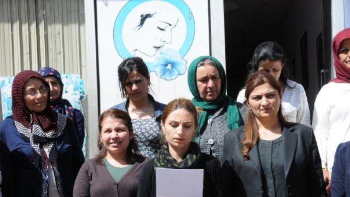 Hakkari'de kadınlar taciz ve tecavüzü protesto etti
