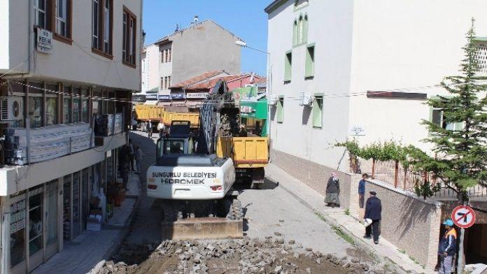 Sungurlu Belediyesi'nde Yol Çalışması