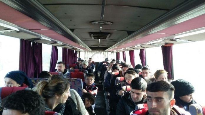 Edirne'de 60 Kaçak Göçmen Yakalandı