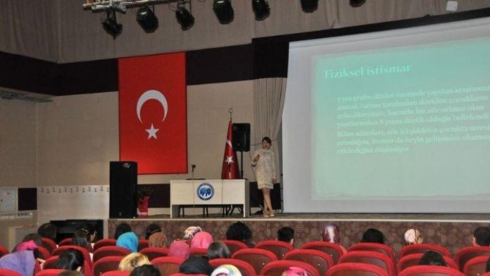 KMÜ'de Çocuk İhmali Ve Cinsel İstismar Konulu Konferans
