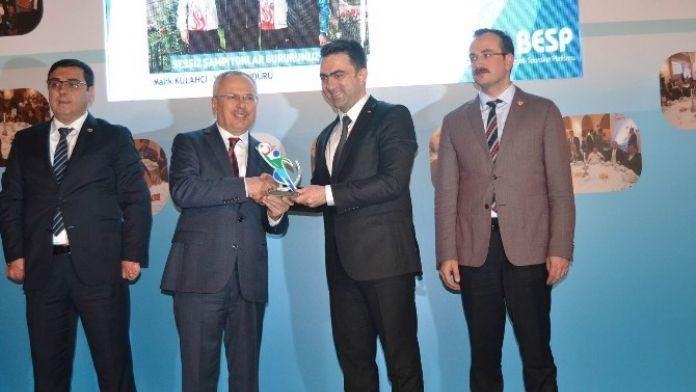 Konya Büyükşehir Belediyespor Yılın Spor Kulübü Seçildi
