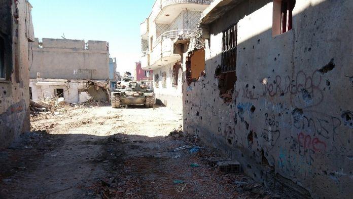 Nusaybin'de patlama: 3 asker yaralandı