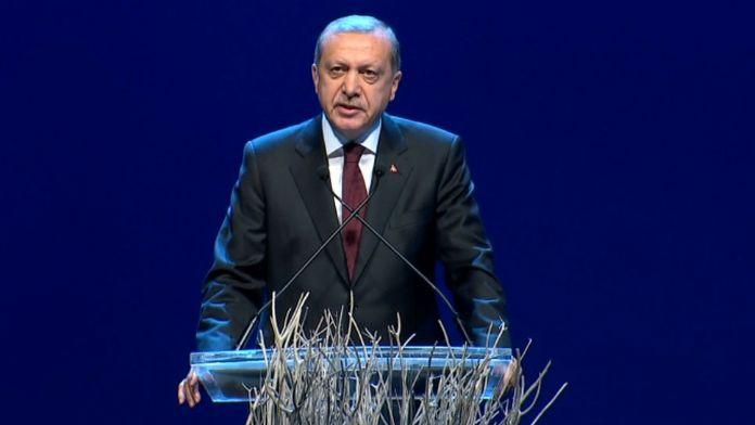 'Eli kanlı diktatörlerin peşini bırakmayacağız'
