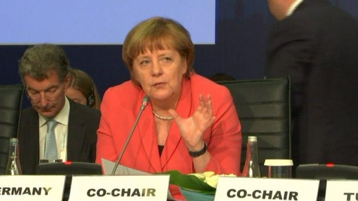 Merkel: Verilen taahhütleri kimse uygulamıyor
