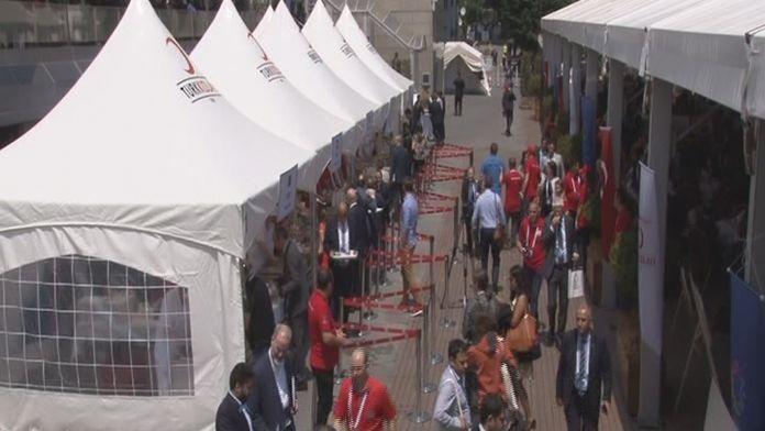 Türk Kızılay'ından BM misafirlerine afetzede çorbası