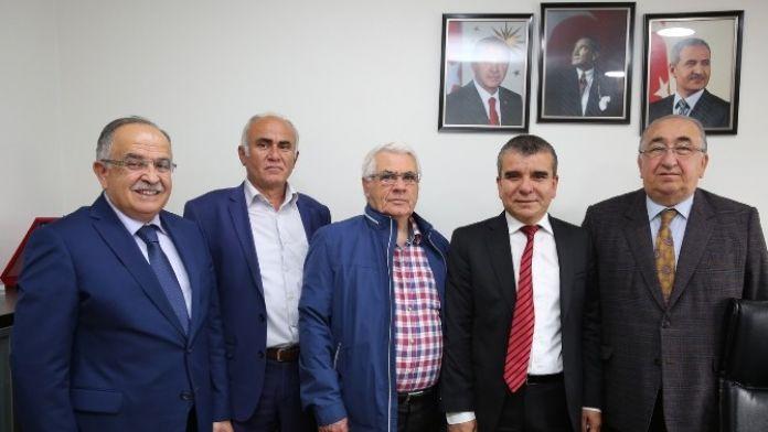 Yenikent'ten Adapazarı Belediyesi'ne Teşekkür