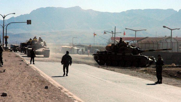 Nusaybin'de patlama: 6 asker yaralandı