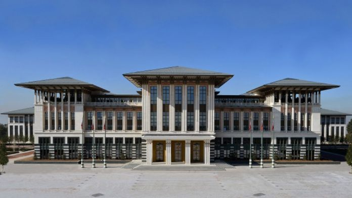 Yeni kabinenin ilk toplantısı Beştepe'de