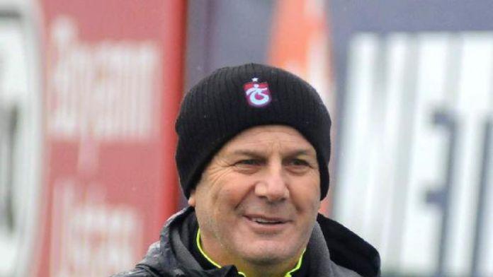Trabzonspor koordinatörü Tekelioğlu:'Gönlüm kalmaktan yana'