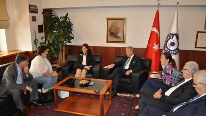 Türkiye Yunanistan ticaretinde 10 milyar dolar hedefi