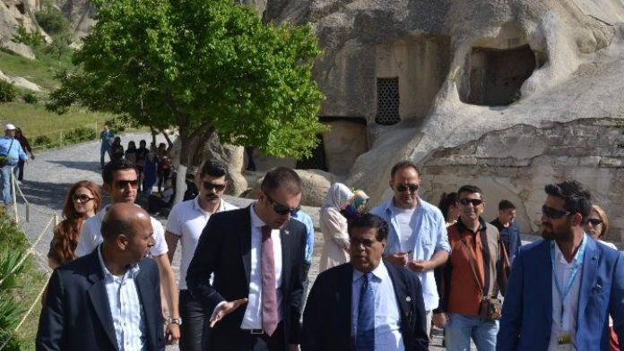 Sri Lanka Cumhuriyeti Ulaştırma Bakanı Kapadokya' Ya Hayran Kaldı