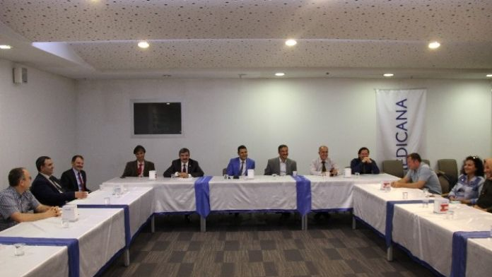 Medicana Konya Hastanesi'nde Kanserle İlgili Toplantı