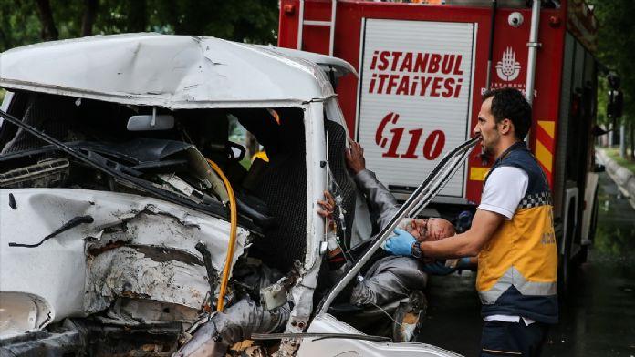 Bakırköy'de trafik kazası: 1 yaralı
