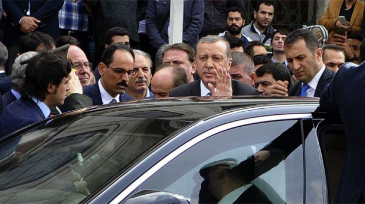 Cumhurbaşkanı Dürümlü'nün Yaralarını Sarmaya Gidiyor