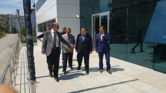 Vali Azizoğlu'ndan SGK Binasında İnceleme