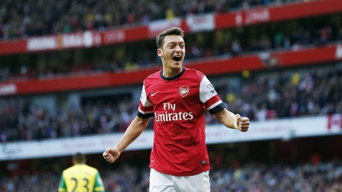 Arsenal Mesut'ta ısrarcı