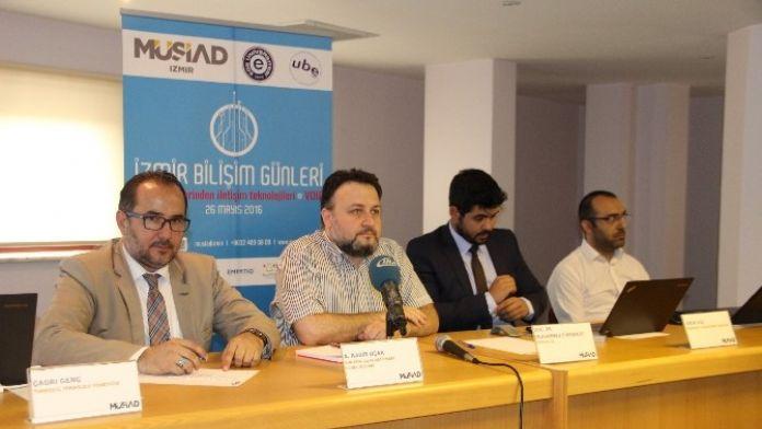 İzmir Bilişim Günleri Zirvesi Teknolojiye Işık Tuttu