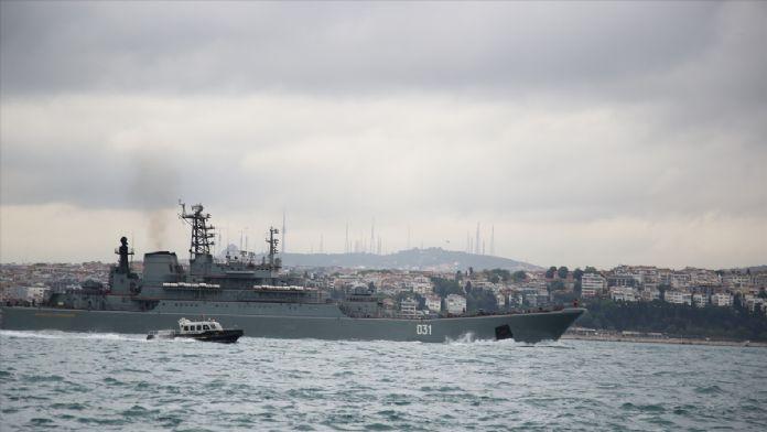 Boğaz'da Rus Savaş Gemisi Eksik Olmuyor