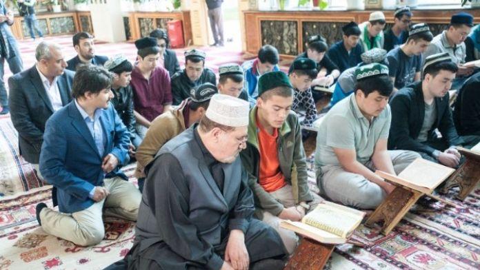 Türk, Afgan Ve Mısırlı Gazeteci Ve Araştırmacılar, 'İpek Yolu'nda Xinjiang' Etkinliğine Katıldı