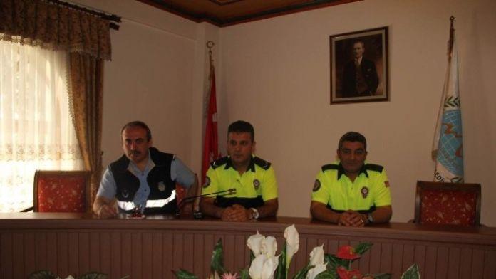 Belediye Personeline Yol Güvenliği Ve İşaretleme Eğitimi Verildi