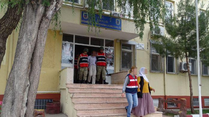 Diyarbakır'da eş zamanlı operasyon: 12 gözaltı