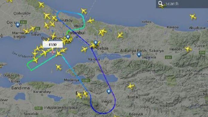 Elektrikli yüklü bulutlar THY uçağının geri dönmesine neden oldu