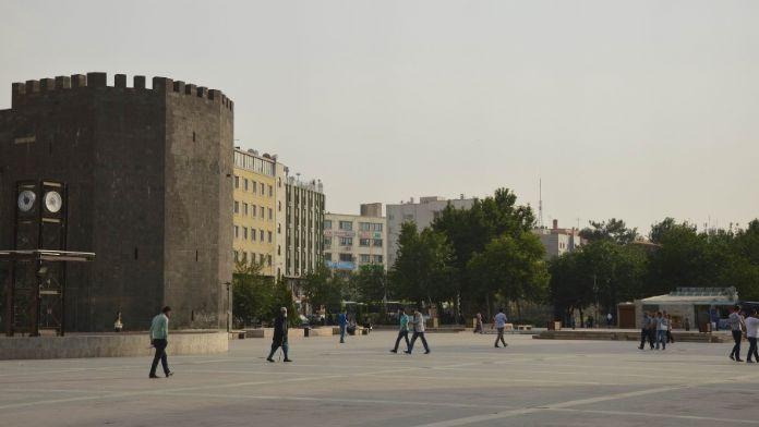 Diyarbakır'da Cumhurbaşkanı seferberliği