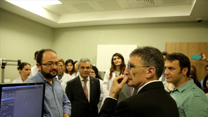 Aziz Sancar'dan Medipol Üniversitesi'ne ziyaret