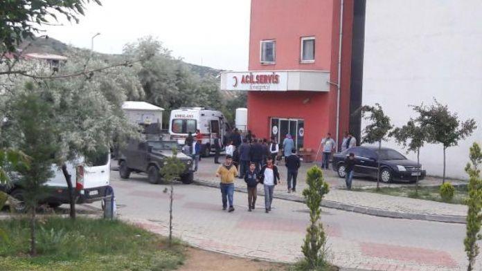 Bingöl'de 'dur' ihtarına uymayan araçtaki 3 kişi yaralı ele geçirildi