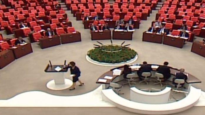 CHP'li Tezcan: Ret oyu vereceğiz